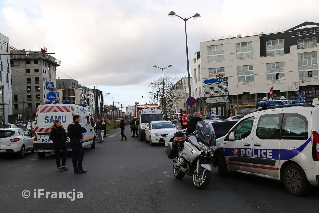 Interwencja policji na poczcie w Colombes – Fotoreportaż