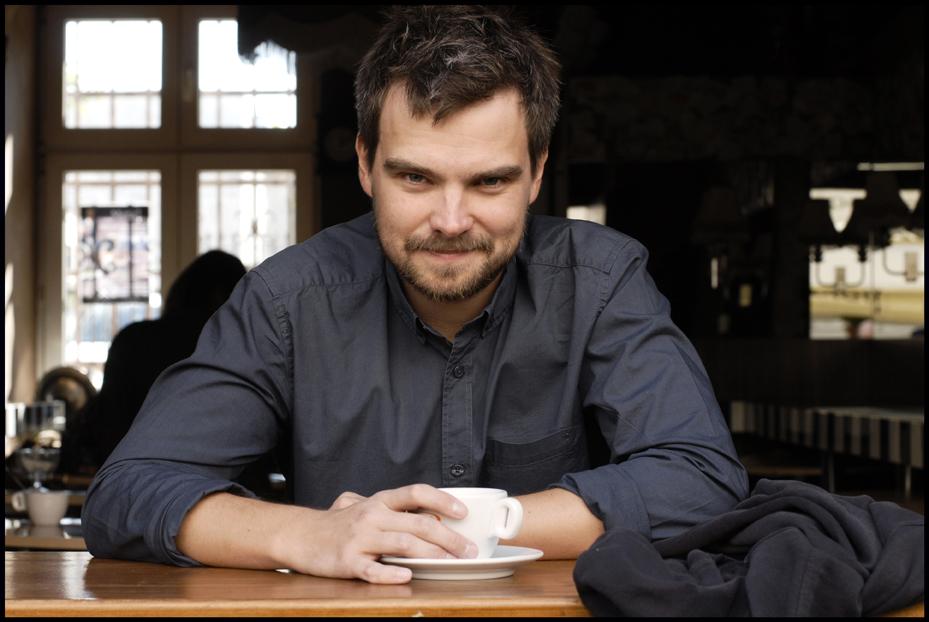 Spotkania z Zygmuntem Miłoszewskim, znanym polskim autorem, laureatem Paszportu Polityki, który będzie prezentował swoją kolejną powieść kryminalną Ziarno prawdy (Un fond de Vérité), która ukazała się we Francji w styczniu 2015.
