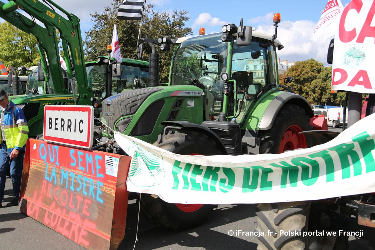 Kilka zdjęć z dzisiejszego protestu rolników w Paryżu