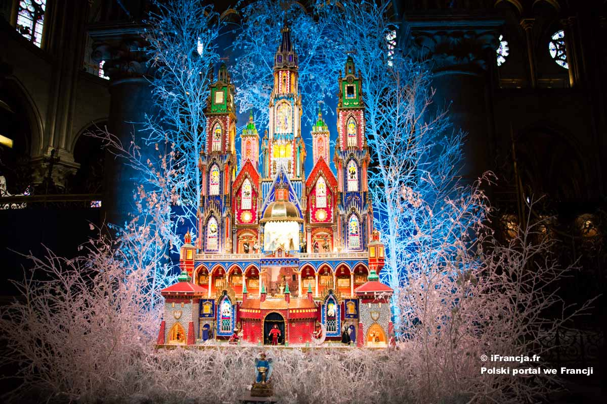 Szopka krakowska w katedrze Notre-Dame