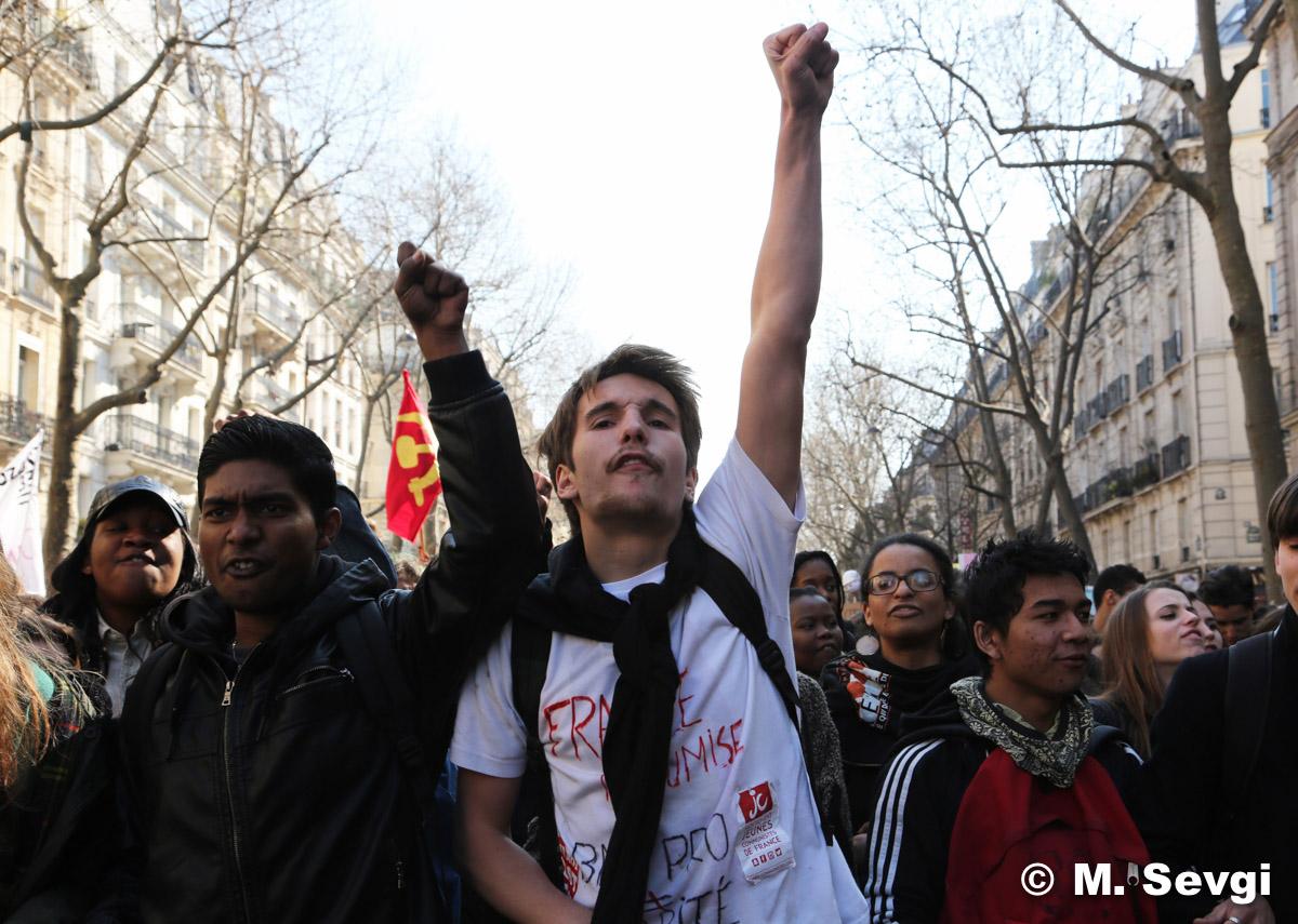 Manifestacje studentów w Paryżu