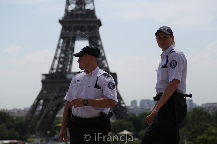 Zaostrzono środki bezpieczeństwa dla turystów odwiedzających francuską stolicę
