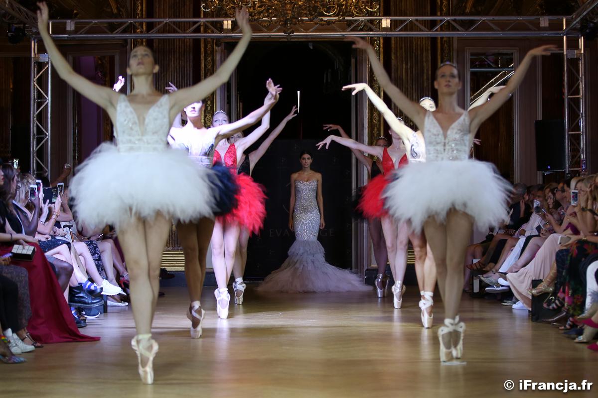 Ewa Minge podczas Tygodnia Mody w Paryżu