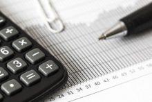 Pobieranie podatku u źródła od wynagrodzeń opiekunek dziecięcych i pomocy domowych