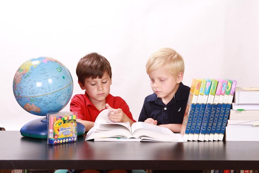 Wzrasta liczba departamentów, w których noszenie maseczek w szkołach nie będzie już obowiązkowe