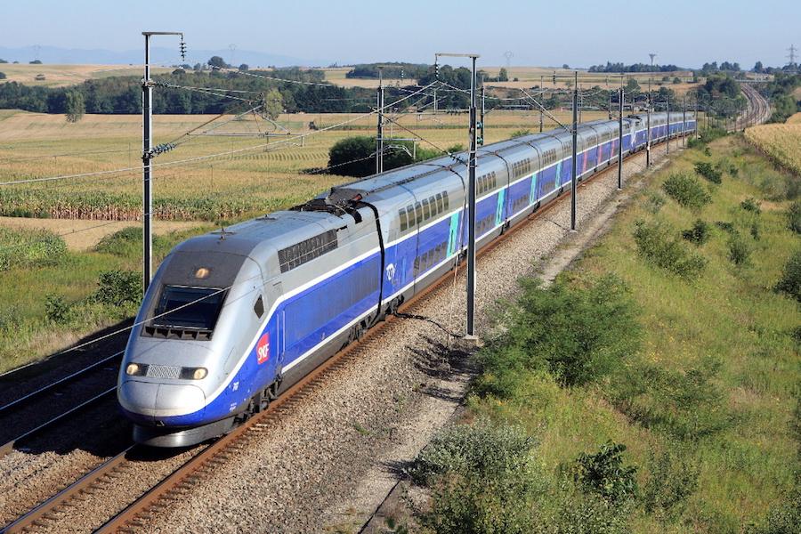 Podróżni TGV Lille-Paryż mogą dorobić jako kurierzy