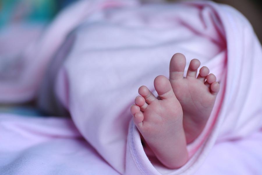 Kolejne przypadki urodzeń dzieci z deformacjami kończyn górnych