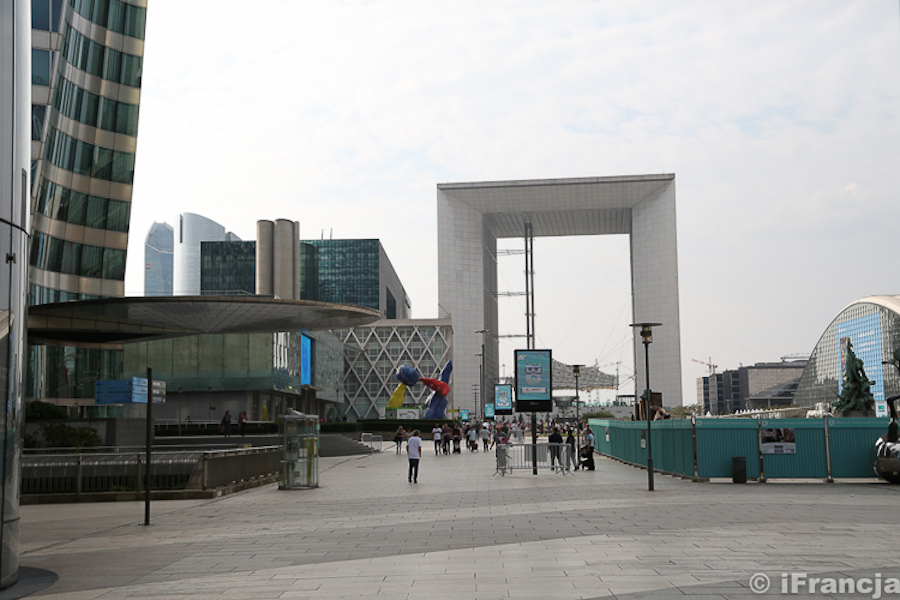 La Défense – nowoczesne oblicze Paryża