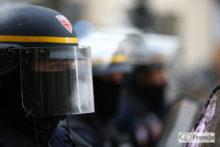 MSW: Ponad 130 tys. osób protestowało w całym kraju; starcia z policją i zatrzymania