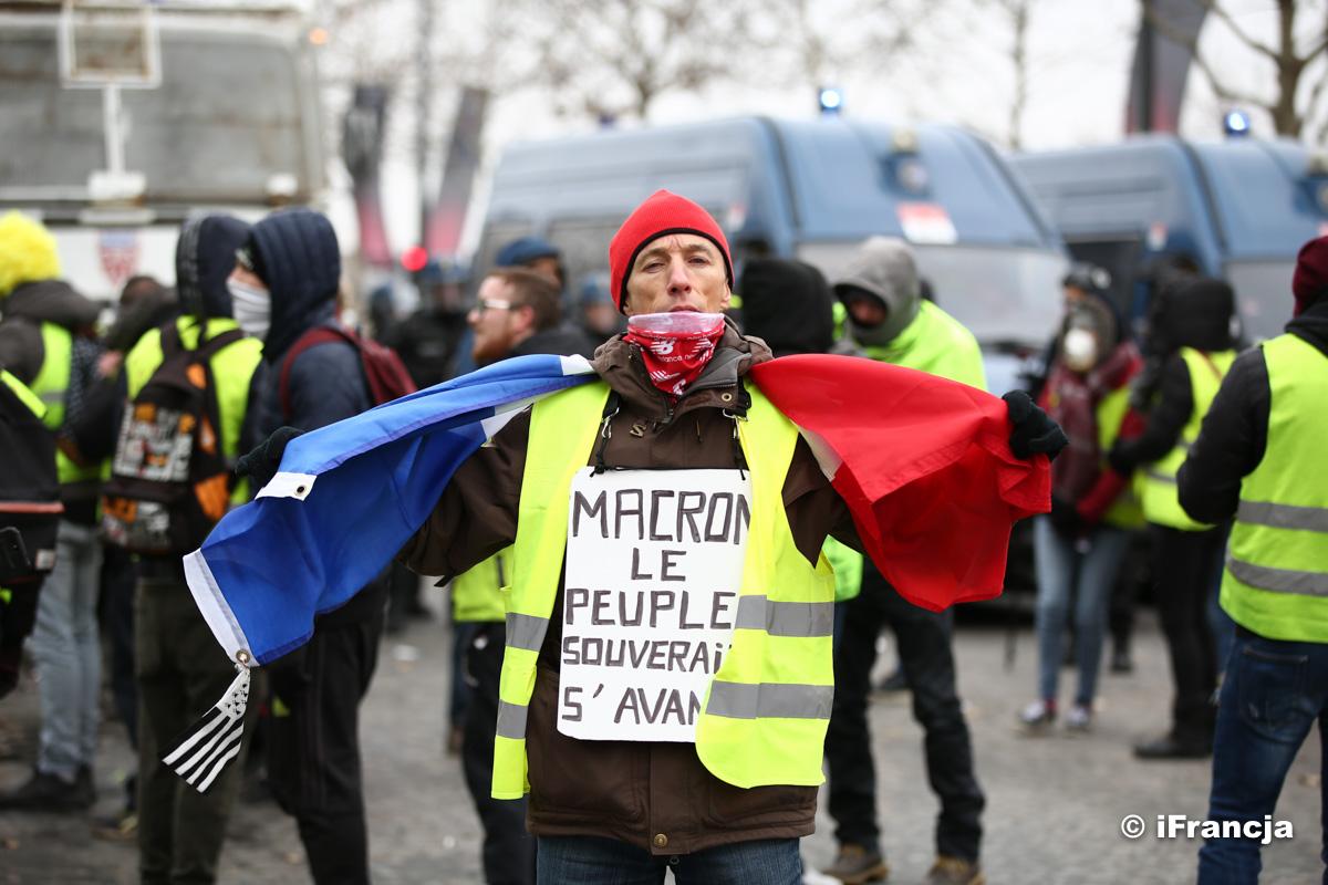 Oswajanie apokalipsy – Paryski nie-co-dziennik