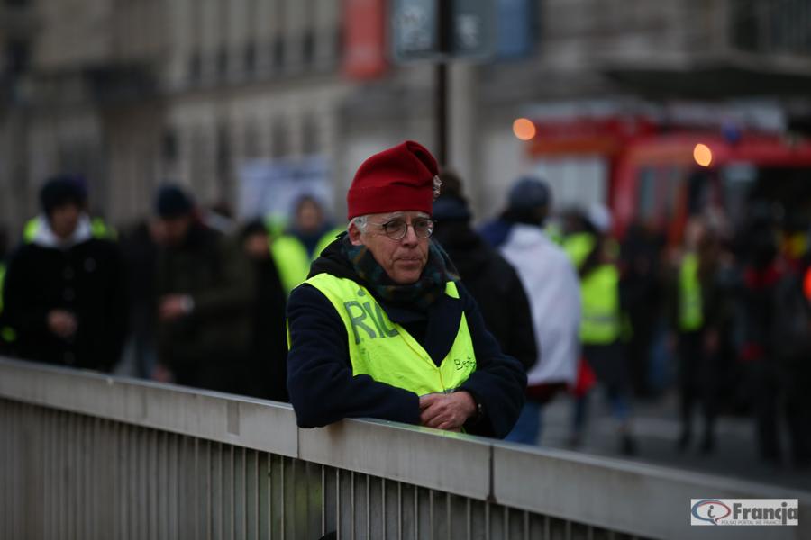Wściekłość w sercu, gniew w rozumie – Paryski nie-co-dziennik