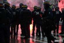 """Starcia z policją podczas marszu przeciw ustawie o """"globalnym bezpieczeństwie"""