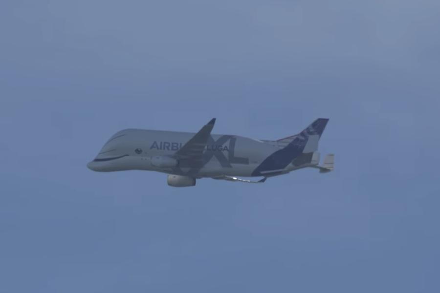 Samolot Beluga XL wykonał pierwszy lot komercyjny