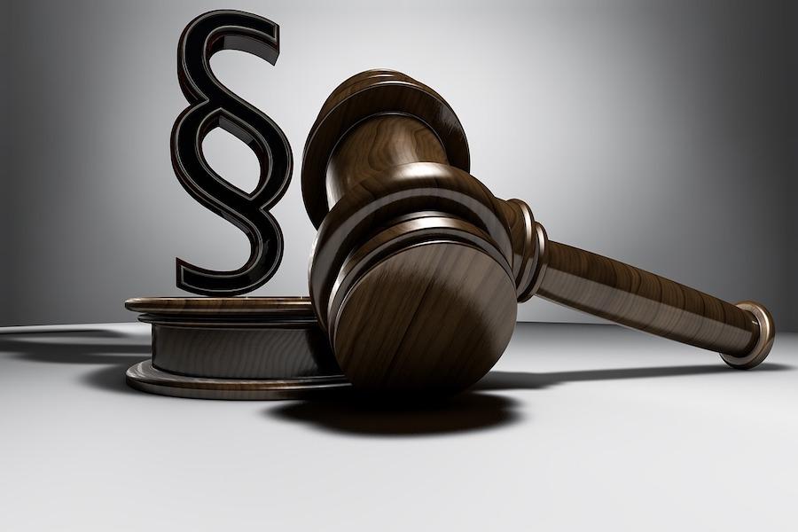 Sąd uznał byłego premiera Fillona za winnego sprzeniewierzenia środków publicznych
