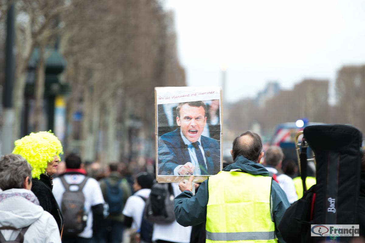 """Manifestacje """"żółtych kamizelek"""" – akt XVI"""