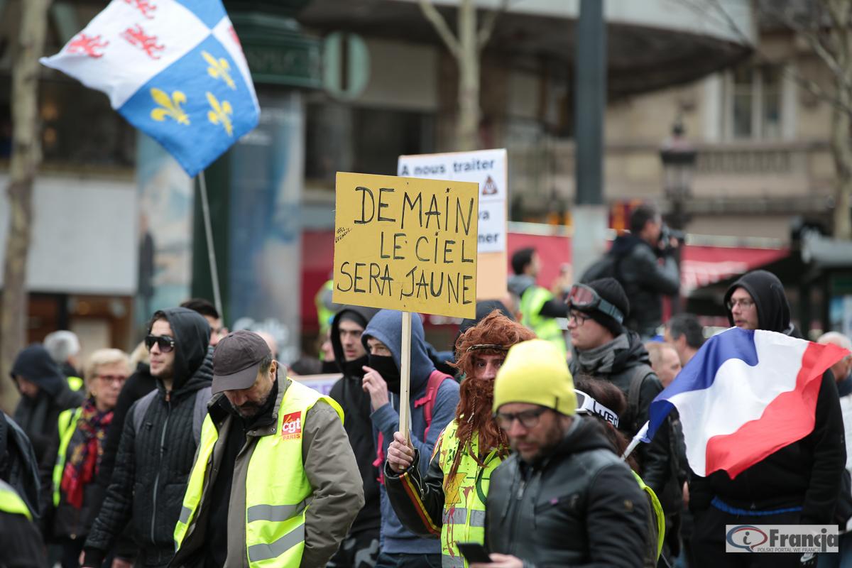 """Manifestacje """"żółtych kamizelek"""" – akt XX"""