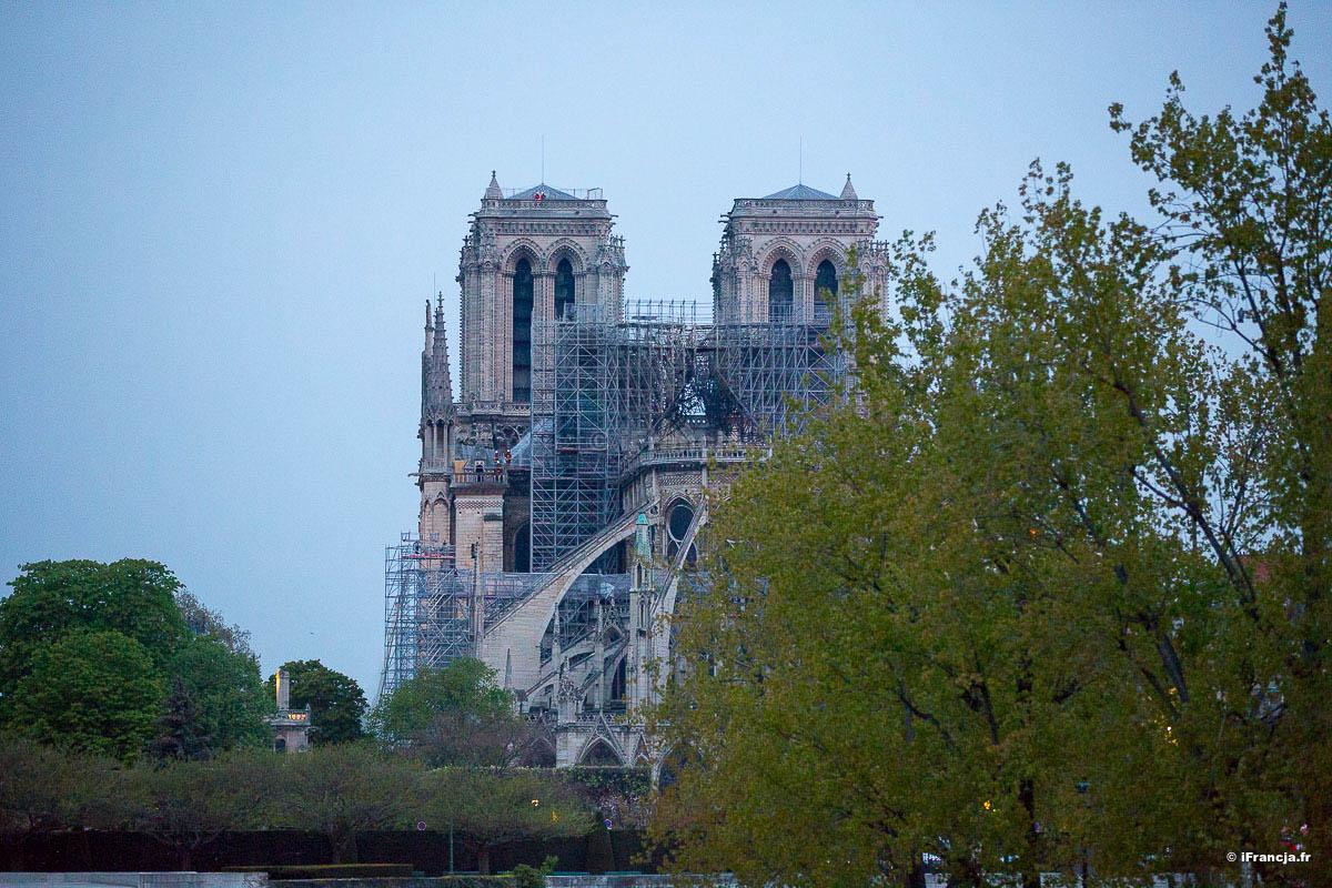 Darowizna na odbudowę Notre-Dame de Paris