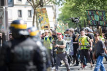 """Manifestacje """"żółtych kamizelek"""" – akt XXXI"""