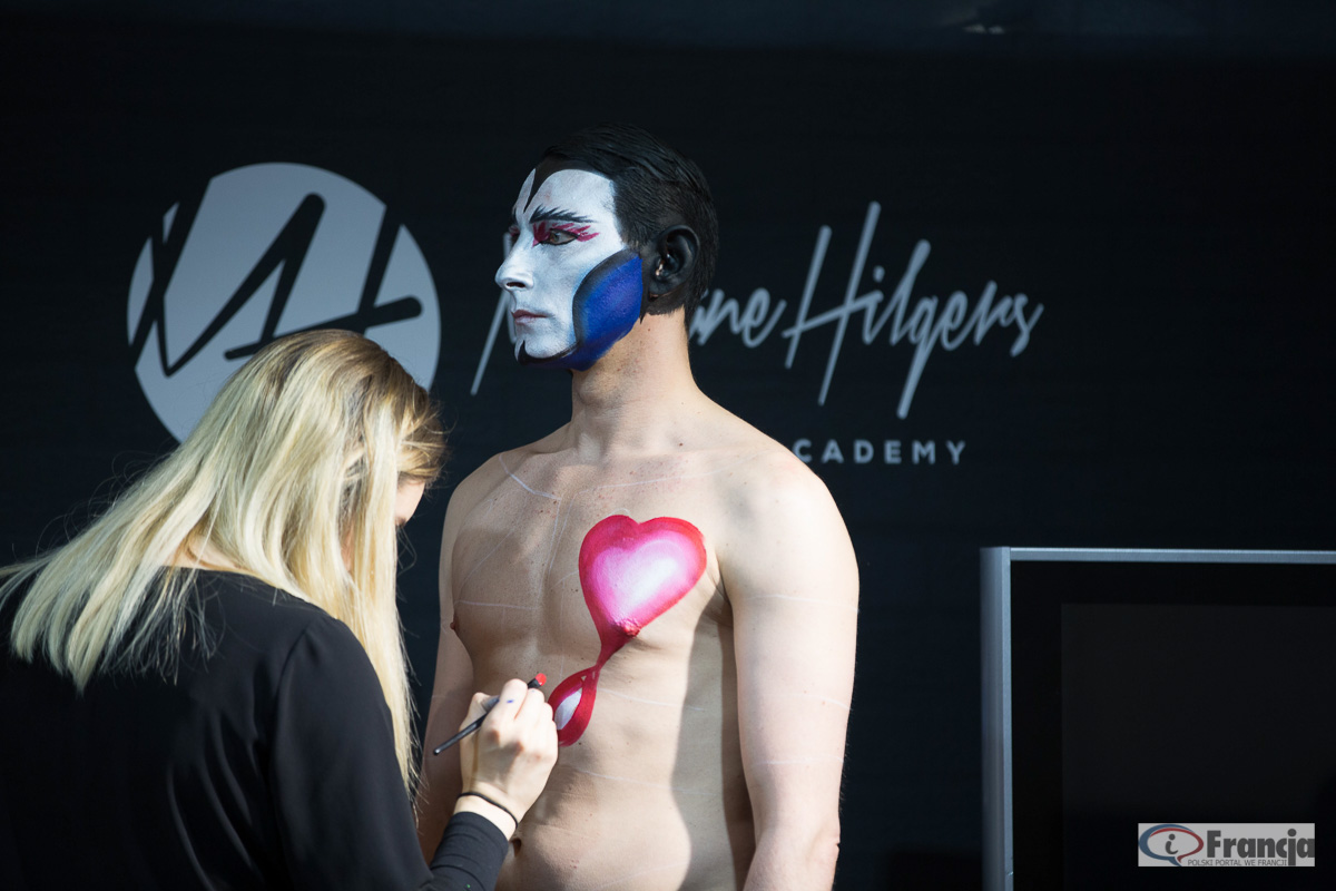 Pokaz body painting w Paryżu