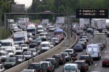 Wysokie zanieczyszczenie powietrza: Bardziej restrykcyjne i szybciej wprowadzane ograniczenia w ruchu w Paryżu i jego regionie