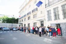 Głosowanie w wyborach do Parlamentu Europejskiego w lokalach wyborczych w Paryżu (Fotoreportaż)