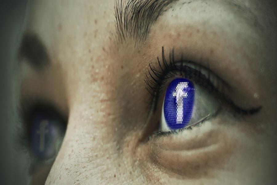 Facebook będzie ujawniał francuskiemu wymiarowi sprawiedliwości adresy IP, by zidentyfikować autorów nienawistnych publikacji