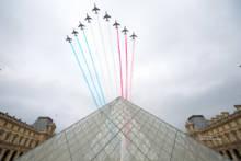 14 lipca – Defilada lotnicza w Paryżu