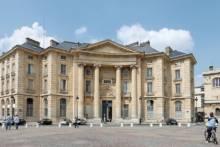 Paryż coraz niżej w światowym rankingu najlepszych miast uniwersyteckich