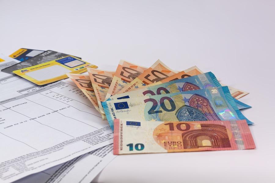 Nadużycia w postojowym: 250 mln euro wyłudzeń