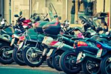 Wysyp mandatów dla nieprawidłowe parkowanie motocykli i skuterów w Paryżu