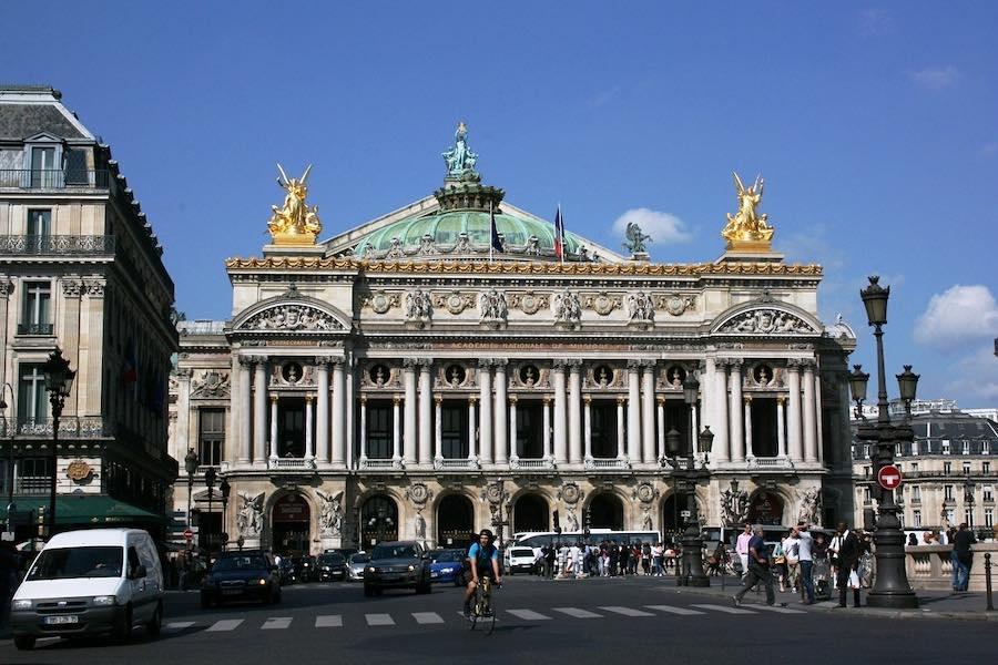 (Nie)upiór w operze – Paryski nie-co-dziennik