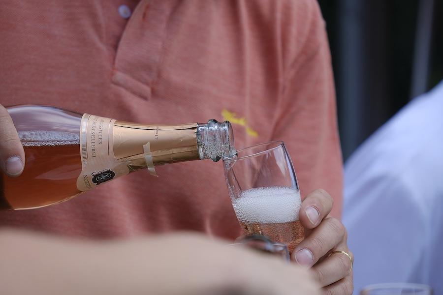 Od dziś zakaz spożywania alkoholu na dwóch ulicach Paryża