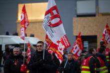 Protesty przeciw zwolnieniom w Paryżu, Tuluzie i Morlaix
