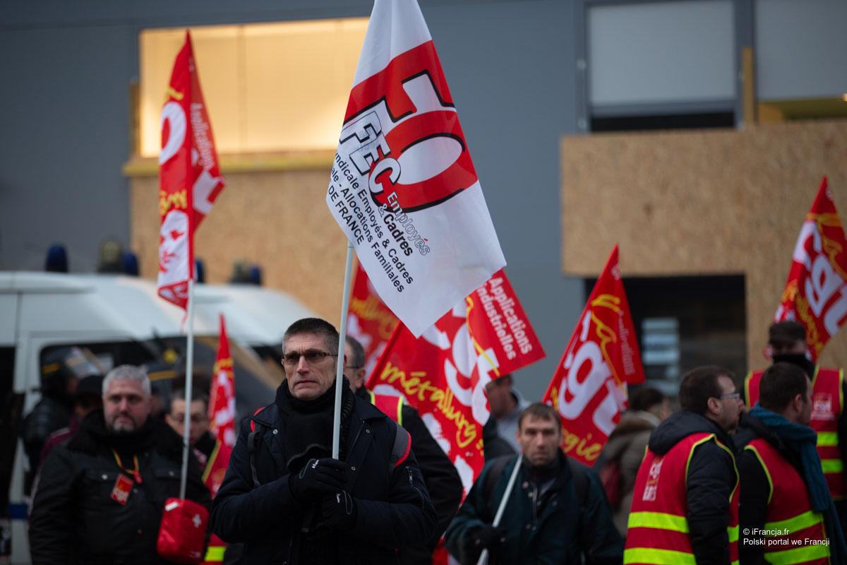 Wielotysięczne manifestacje pracowników służby zdrowia