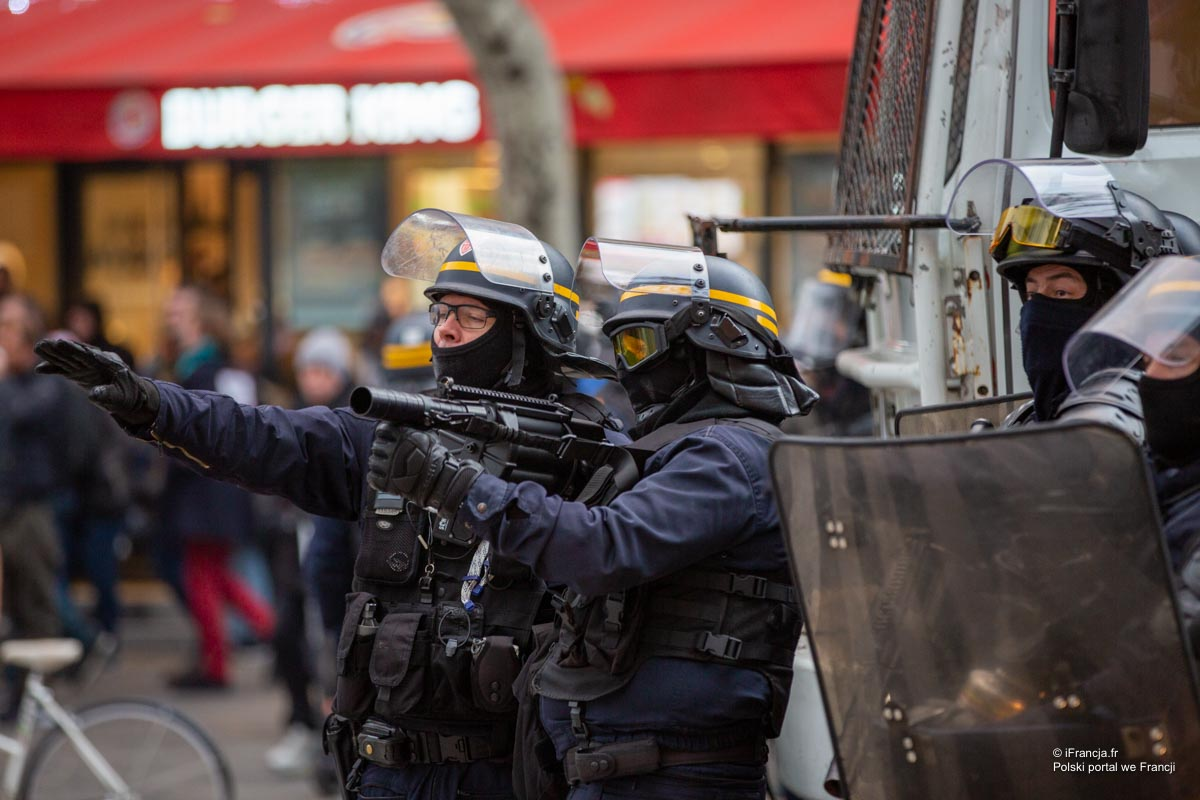 Starcia z policją podczas demonstracji 1-majowych