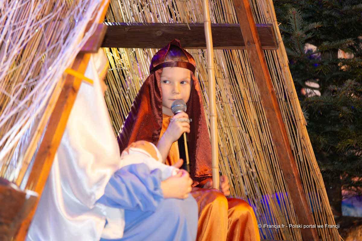 Jasełka, Gwiazdka szkolna, pokaz tańców folklorystycznych oraz WOŚP w Argenteuil