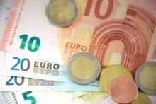 Beneficjenci dodatku mieszkaniowego otrzymają jednak pomoc w wysokości 150 euro