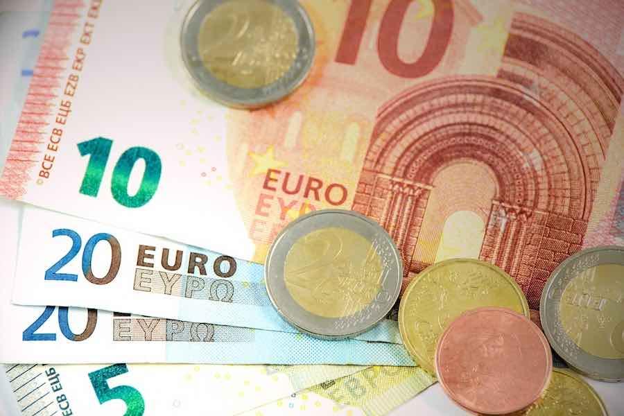 70 lat temu we Francji wprowadzono płacę minimalną