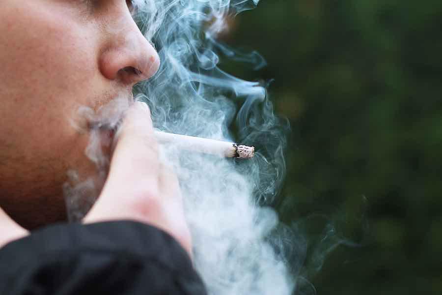 Francuski rząd planuje zmniejszyć dopuszczalną ilość przywożonych na własny użytek papierosów