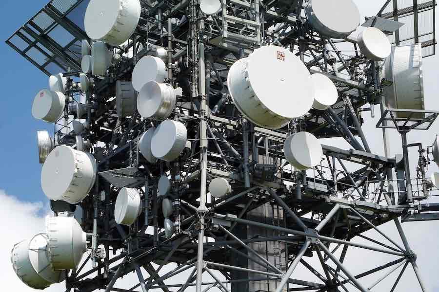 Huawei lobbuje we Francji, bo chce mieć własne anteny 5G