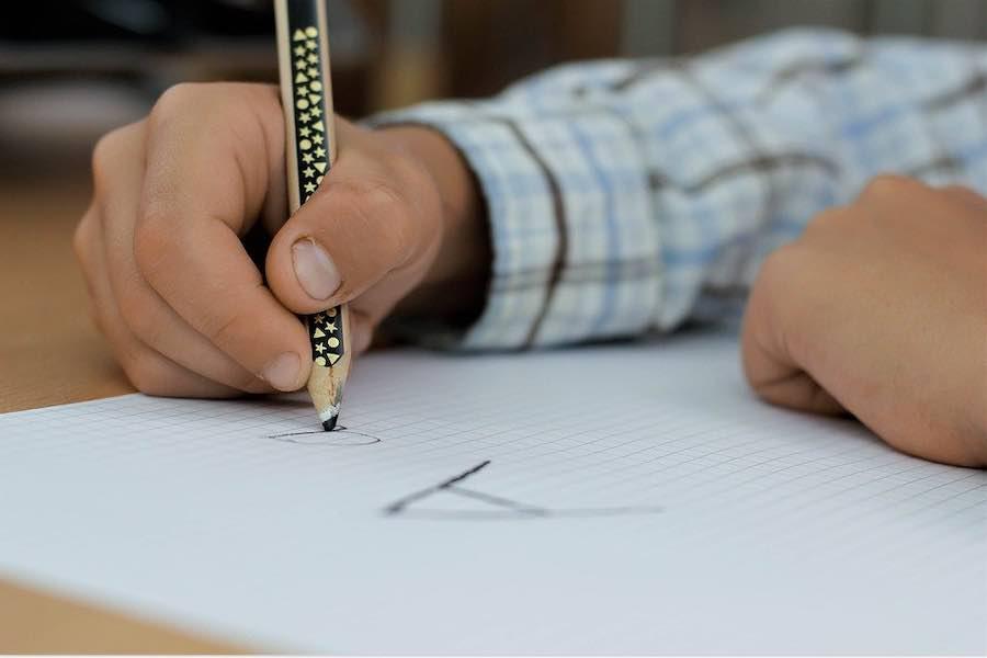 Mimo otwarcia większości szkół, wciąż niewielu uczniów uczęszcza na zajęcia