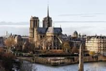 Katedra Notre Dame wciąż żywa – zbiory przedstawiające symbol Paryża