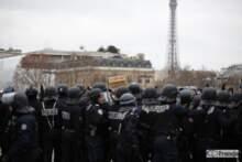 Zamieszki z udziałem żółtych kamizelek oraz BlackBloc w Paryżu