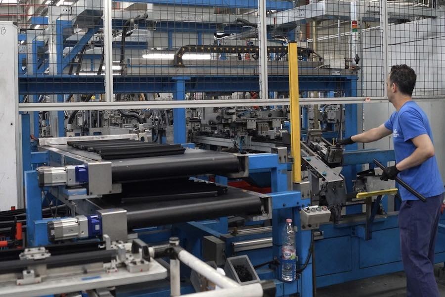 Grupa PSA przekieruje 124 pracowników z Gliwic do Francji