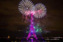 14 lipca: Fajerwerki przy wieży Eiffla