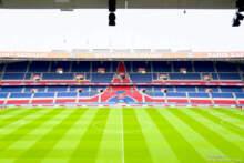 Rząd utrzymuje do końca sierpnia limit widzów na stadionach