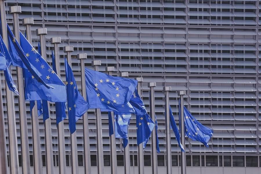 Komisja Europejska do Francji i Wielkiej Brytanii: uspokójcie się