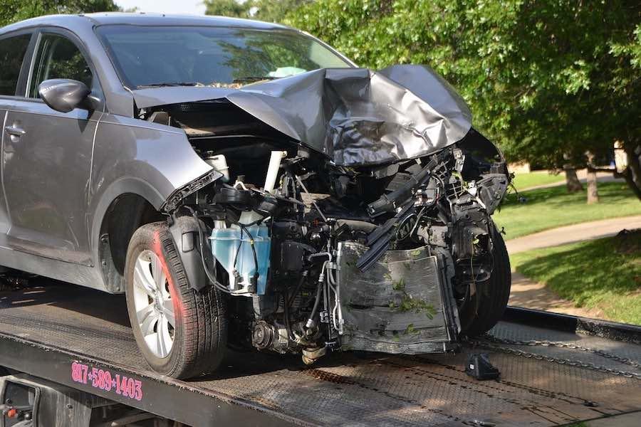Wzrost liczby wypadków śmiertelnych na autostradach z powodu nieuwagi kierowców