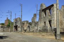 Politycy potępili próby negowania zbrodni nazistowskich i Holokaustu
