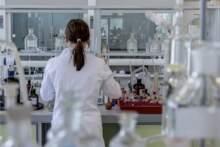 Badanie: choroba wywołana przez SARS-CoV-2 cięższa niż sezonowa grypa